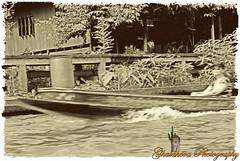 The boat (Ghatahora Photography) Tags: bhupinderghatahora chaophrayariver ghatahoraphotography marketoutsidewatarun songsoftheseasingapore boathouses chinesepogodatowertemple floatingmarketchaophraya hampshirephotographer singapore thailand tourriverbangkokthailand