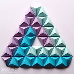 Triangle made with Origami Pyramids (front) (origami.plus) Tags: origami pyramids pyramid triangle modular