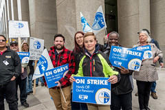 20170428_USW_Solidarity_Demonstration_Toronto_404-2.jpg (United Steelworkers - Metallos) Tags: manifestation demonstration usw d5 metallos union district5 syndicat glencore cezinc demo stockexchange toronto canlab