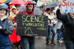 March for Science It Works Bitches (Mobilus In Mobili) Tags: 2017 dc earthday marchforscience protest trump washington districtofcolumbia unitedstates us motivational