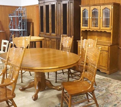Lexington Oak Table with 6 Chairs and 1 Leaf and Oak Hutch ($644.00, $420.00)