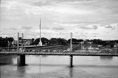 Rio Acre @ Rio Branco, AC (Celso Kuwajima) Tags: ilfordfp4 epsonv800 silverfastai landscape bridge 20170426 leicam4 outdoor bw river analogphotography leicasummicron502 riobranco acre brazil br