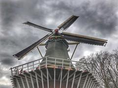 Keukenhof - The Netherlands (darrenboyj) Tags: windmill hdr netherlands holland turning spinning circlling keukenhof spring sky clouds attraction lines