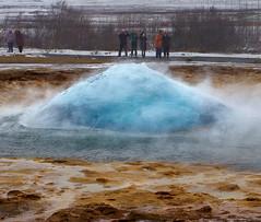 Gaining Momentum (Don César) Tags: geyser gayser geiser water burst erupcion agua iceland islandia island europe europa gush explasion ball bola
