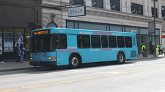 PAT Bus 1723 (Etienne Luu) Tags: 35 foot footer short shorty port authority allegheny county paac pat patransit pa transit public transportation pittsburgh pennsylvania bus