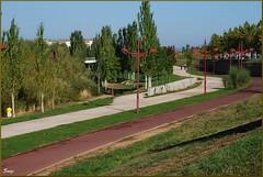 Parque por el Bernesga (León, 5-10-2011) (Juanje Orío) Tags: castillayleón provinciadeleón león españa spain 2011 jardín parque garden
