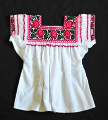 Nahua Blouse Hueyapan Puebla Mexico (Teyacapan) Tags: mexican blouses nahua puebla hueyapan embroidered ropa clothing textiles