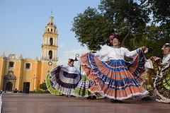 danza flolklorica de casa del abue (3) (Gobierno de Cholula) Tags: que chula cholula danza danzapolinesia danzasprehispánicas libro