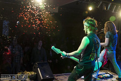 Beastless (moshpitshot) Tags: bühne konzert metal live lokal beastless konfetti