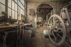 Men at work (Dennis van Dijk) Tags: urbex urban exploration abandoned forgotten lost found dust rust derelict decay beauty amazing industry industrial belgium eu ue europe usine work shop men old prescious