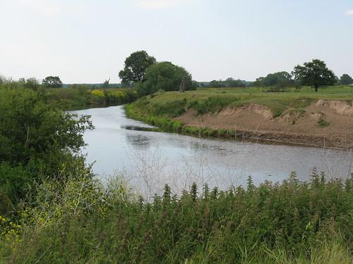Holt: River Dee (Clwyd)