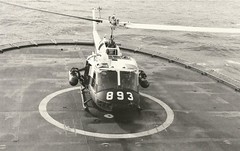 Navy 893 on deck (Dulacca.trains) Tags: ran navy uh1b bell204 iroquois huey australia australian aussie helicopter n93101 893 723squadron 723sqn