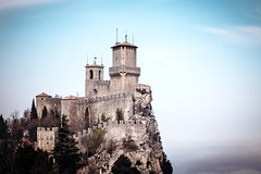 (MichaWha) Tags: cittàdisanmarino villedesaintmarin saintmarin sanmarino italy italia michaelflocco canoneos6d 70200mmf28lusm castle tower