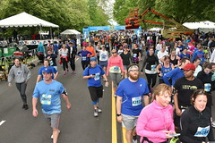 2017_05_07_KM7012 (Independence Blue Cross) Tags: bluecrossbroadstreetrun broadstreetrun broadstreet ibx10 ibx ibc bsr philadelphia philly 2017 runners running race marathon independencebluecross bluecross community 10miler ibxcom dailynews health