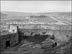 *** (Marta Wojtkowska) Tags: ruins castle walls landscape rollfilm 120 mediumformat 645 mamiya 645af mamiya645af kodak trix400 kodaktrix400 400tx id11 ilfordid11 monochrome bw blackandwhite