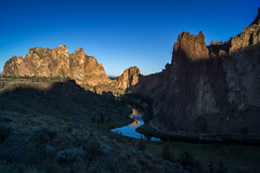 Rockn the Dawn (writing with light 2422 (Not Pro)) Tags: rocknthedawn smithrockstatepark smithrock oregon dawn sunrise sunlight richborder landscape desert thecrookedriver reflection shadows