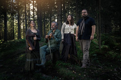 Willow (xiglet) Tags: andersbyfuglien grotangen ninaknutsen steinvilla willow music promo gjøvik norge norway