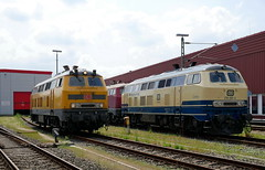 P1180689 (Lumixfan68) Tags: eisenbahn loks baureihe 218 dieselloks deutsche bahn db netzinstandhaltung kurhessenbahn westfrankenbahn