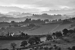 Morning light (hbothmann) Tags: toskana tuscany toscana toskanalandschaft landschaft landscape schwarzweis blackwhite blackandwhite