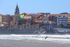 kitesurf-kitesurfing-kiteboarding-flysurfing-playa-san-lorenzo-gijon-asturias-surf-beach-deporte-sport-kite-cometa-tabla-wakeboard-053 (coudlain) Tags: kitesurf kitesurfing kiteboarding flysurfing deporte sport playa beach sanlorenzo gijon asturias cometa kite kiter tabla wakeboard freestyle salto jump aire viento fly wind race surf surfkite
