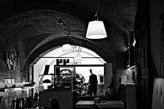 DSC_7937_3531 Cafe 44. (angelo appoloni) Tags: cuneo via roma cafe 44 bianco e nero