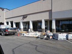 Jill's getting new, upscale stonework! (l_dawg2000) Tags: 2000s bookstore closed independent labelscar laurelwood liquidation memphis outofbusiness poplarave retail tennessee tn unitedstates usa
