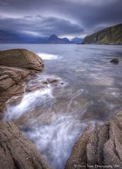 Incoming Tide - Elgol (silverlarynx) Tags: scotland highlands skye isle elgol seascape landscape le rocks waves