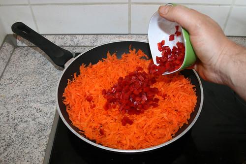 03 - Möhren & Paprika andünsten / Braise carrots & bell pepper