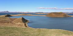 Við Mývatn (hó) Tags: skútustaðir skútustaðagígar mývatn iceland lake landscape may 2017 cloud spring crater pseudocrater