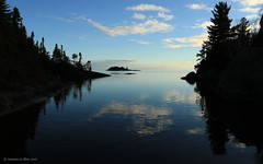 (Antoine Le Blet) Tags: lac saintjean saguenay québec canada antoineleblet ciel bleu arbre épinette eau water cloud tree blue