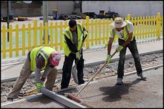 Men at work (www.nielsdejgaard.dk) Tags: mennesker folk people mallorca calabona vejarbejdere menatwork gul yellow