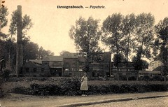 Papierfabriek Catala in Drogenbos (Erfgoedcel Pajottenland Zennevallei) Tags: drogenbos industrie fabrieksburen