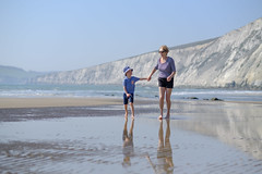 Family Beach Time - DSCF2656 (s0ulsurfing) Tags: s0ulsurfing 2017 april isle wight beach coast compton family
