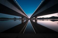 Commonwealth Av. Bridge - 4619 (longreach) Tags: australia canberra bridge water lake