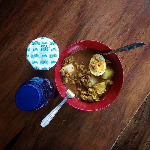 Beef Curry, Yogurt, and Commecial Isotonic Drink @ KSPBU Lembang