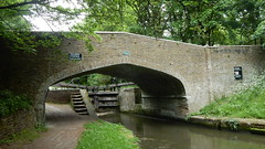 Grand Union Canal: bridge (John Steedman) Tags: herts hertfordshire uk unitedkingdom england イングランド 英格兰 greatbritain grandebretagne grossbritannien 大不列顛島 グレートブリテン島 英國 イギリス ロンドン grandunioncanal canal bridge