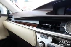 Lexus-ES-300h-Interiors (13)