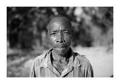 Malawi - Portrait (Vincent Karcher) Tags: vincentkarcherphotography africa afrique art blackandwhite culture documentary malawi noiretblanc people portrait project rue street travel voyage world man