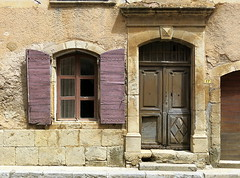 Nothing's perfect: Tavernes, Var, Provence (Spencer Means) Tags: door doorway window wall shutters street tavernes var provence france architecture building house facade façade wood stone arch frame keystone dwwg urban