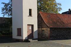 Dorf, Wetterau 2016 (Spiegelneuronen) Tags: wetterau dorf dörfer häuser landschaft
