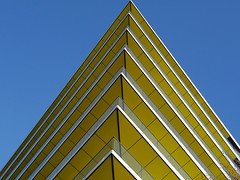Get to the point (Stephen Toye) Tags: architecture geometry building perspective flats apartments london leica panasonic gx7 leicasummilux25f14