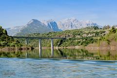 Cedrino e dintorni (gianlucasolinas1) Tags: fiume lago cedrino sardegna neulè dorgali oliena montagne ponte