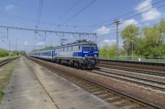 EP09-015 Uhersko 30.4.2017 (David Knap) Tags: vlak železnice railway train poland uhersko ep09015 tlk pkp cracovia kraków
