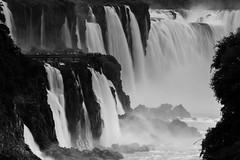 DSCF0643 (/mv) Tags: patagoina argentina chile landscape southamerica intothtewild fujifilm fujifilmxt2 torresdelpaine travel adventure explore fallcolor iguazu sunrise sunset magichour