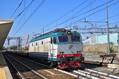 E652.053 Mercitalia Rail MRV 50627 Torino Orbassano F.A. - Fossacesia (simone.dibiase) Tags: e652053 mercitalia rail mrv 50627 torino orbassano fa fossacesia e652 trenitalia cargo cargoitalia italia xmpr lingotto fs ferrovie dello stato italiane train station stations rails railway railways italy france francia loco locos locomotive locomotiva mir mirrail nikon d3300 dslr camera nikond3300 passion passione trainspotter best picture world simone di biase simonedibiase