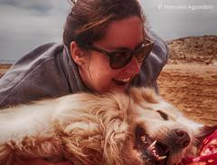El amor incondicional de un perro y su dueño... Felicidad, risas, paseos, compañía... hasta que le tienes que decir adiós a tu fiel amigo. Fuiste la mejor dueña que pudo tener. Os echaréis de menos mutuamente. Te echaremos de menos,  @ringowhitedog 🐕 (Manuela Aguadero) Tags: landscape mar sea españa sonystas photography murcia 2016 mediterráneo sonyalpha sonya350 sonyalpha350 sonyimages animal paisaje nature love photographer alpha350 spain perro naturaleza calblanque dog