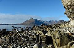 Over the Sea to Skye (Free.heel) Tags: elgol skye cuillinridge cuillins lynskeyridgeline29er shimanoxtm785disctubeless continentalraceking wtbpuresport