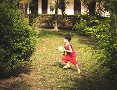 future (Hồ Văn Tìm) Tags: future beautiful children red green black white ball run