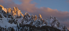 Cadini di Misurina at sunset - the needles (Bernhard_Thum) Tags: bernhardthum thum cadinidiemisurina dolomiti dolomiten nature sunsetlight carlzeiss aposonnar2135 zf sonnar1352zf zf2 nikond800e daarklands