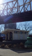 Quick Tour of our 2017 NYC Visit (catchesthelight) Tags: views manhattan rooseveltisland nyc eastriver latewinter earlyspring travel kiosk queensborobridge bridge